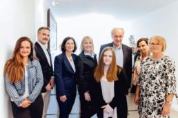 Das Foto zeigt das Team der Kanzlei Nehl & Breitegger