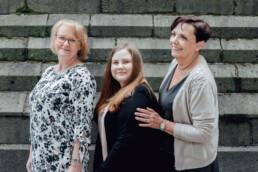 Das Foto zeigt ein Teil des Teams der Kanzlei Nehl & Breitegger
